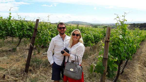 Honeymoon couple Robert and Anna Parkes from London visited the winelands recently. Anna was particularly interested and knowledgeable in art.